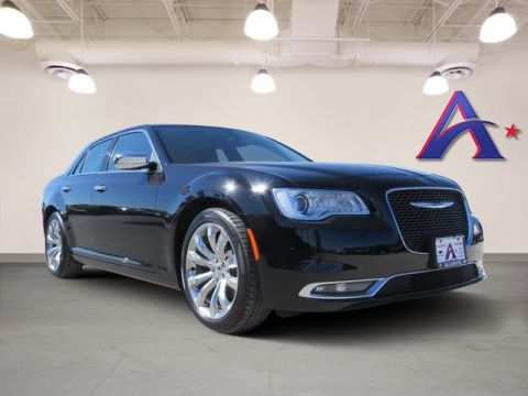 Pre-Owned 2017 Chrysler 300C Base RWD 4D Sedan