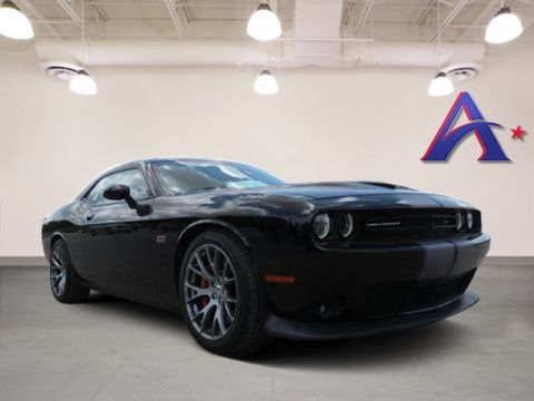 Pre-Owned 2016 Dodge Challenger SRT RWD 2D Coupe